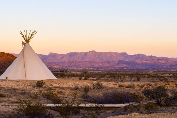 Luxury tents in Australia look out over Australia campgrounds