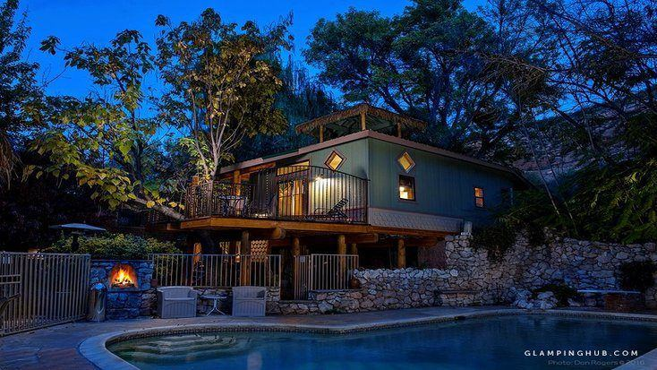 Last minute christmas gifts made easy with this luxury tree house rental in Arizona for outdoorsmen