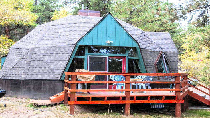 Enjoy a this cabin rental near San Isabel National Forest when you visit Colorado