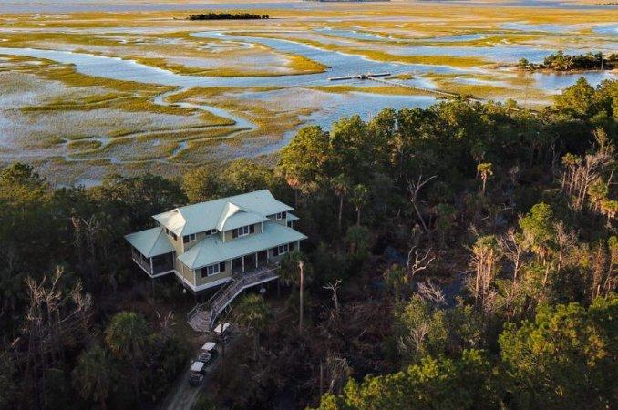 Aerial view of a South Carolina beach cottage.
