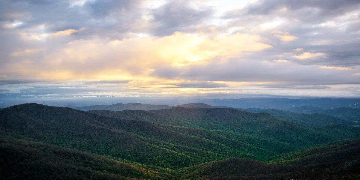 view from blue ridge cabin rentals in the mountains of NC