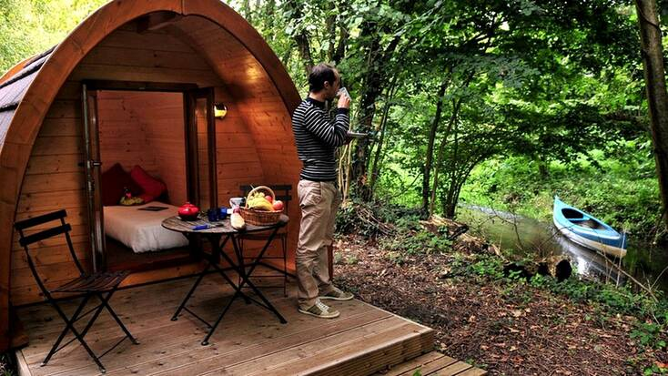 Woodland getaways in this glamping pod: France vacations