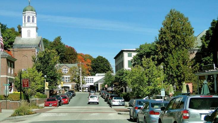 Town view of New Hampshire getaway: Manchester street
