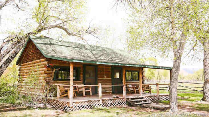rustic cabin near Dubois, WY