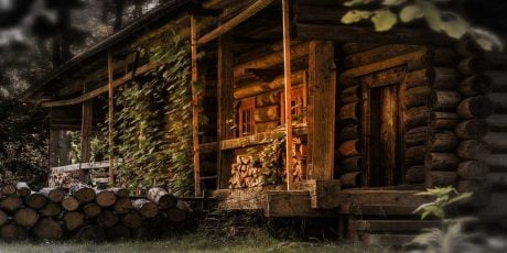 A Cabin in the Woods: 13 Spooky Places for the Horror Buff Who's Seen It All