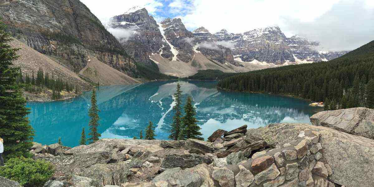 go for banff vacations and hiking in canada with these mountain landscapes