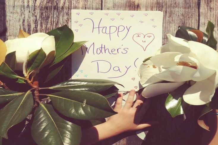 flowers for mom, the best mothers day gift ideas