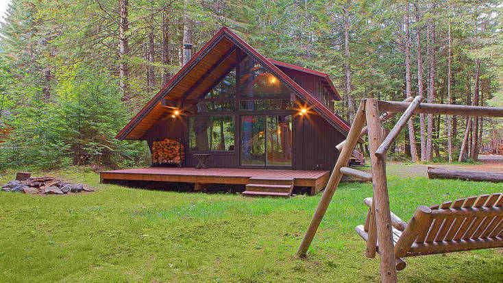 An A-frame cabin near Tacoma, Washington, nestled in woodland