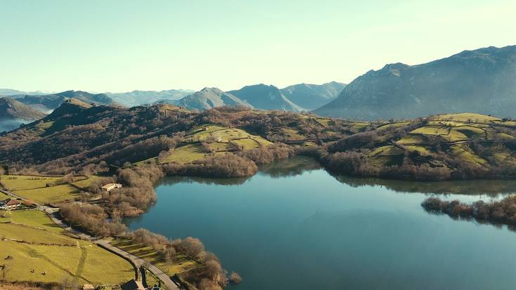 Explore the stunning mountains of Asturias, Spain
