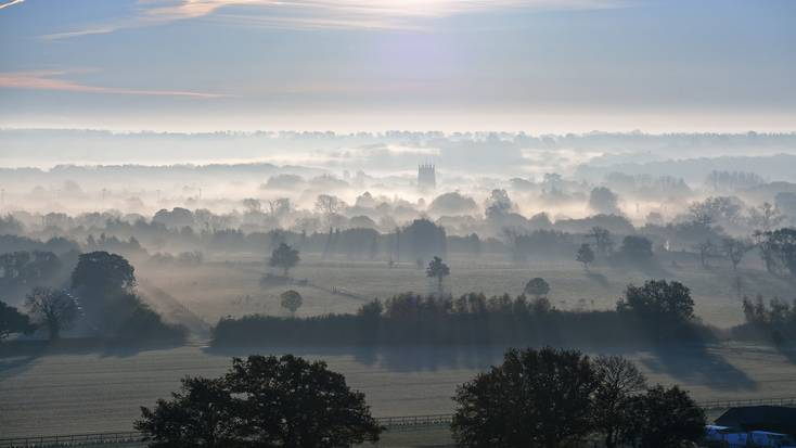 Wake up to stunning views of the Cotswolds this Mother's Day weekend