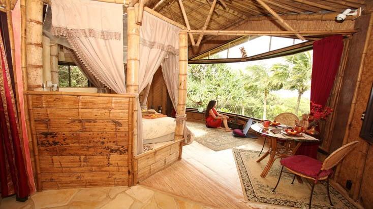 Head to Maui for a romantic getaway
