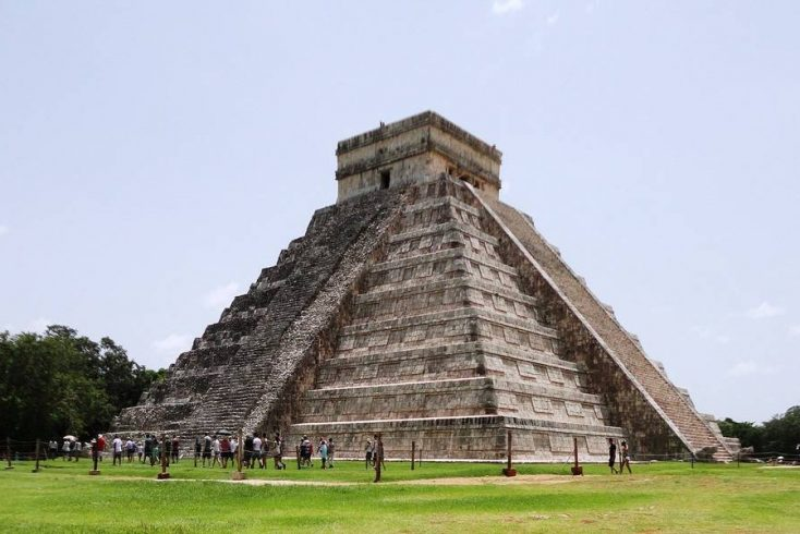 Visit Mayan temples this spring break! Mexico awaits!