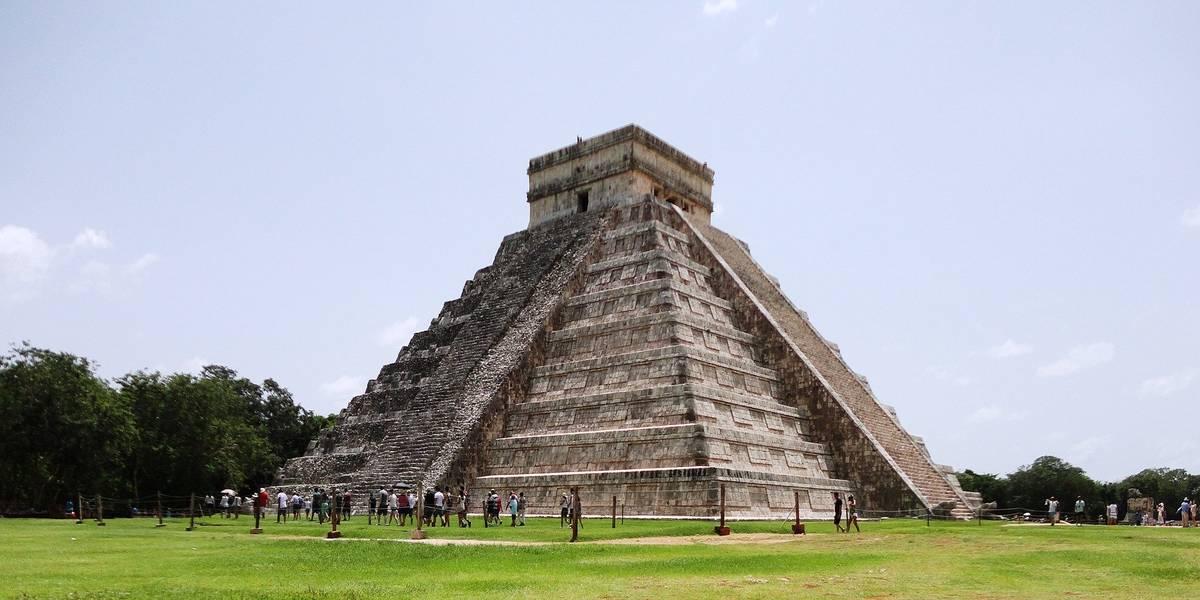 Visit Mayan temples this spring break! Mexico awaits!