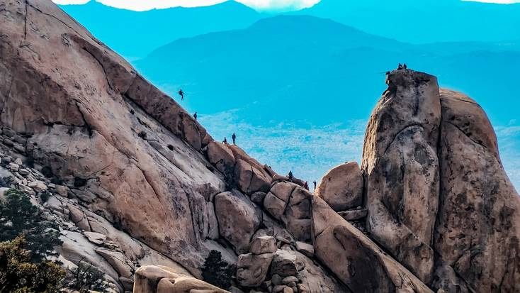 rock climbing is one of many things to do in Joshua Tree