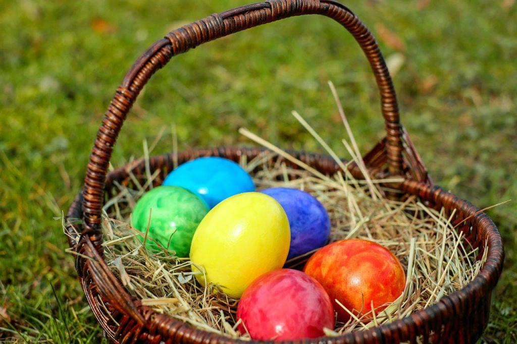 Plan an Easter egg hunt
