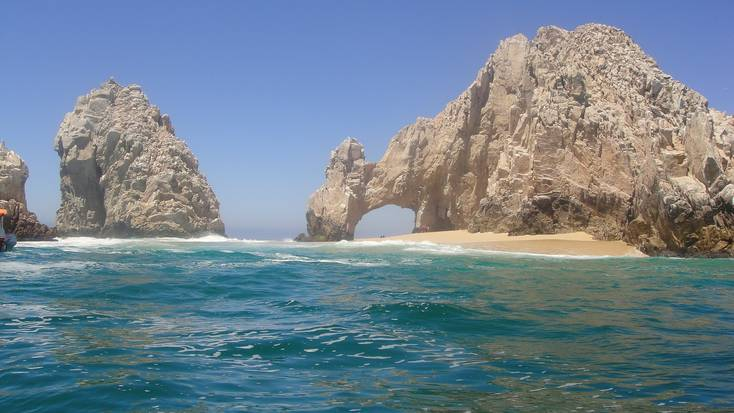 Spend a summer vacation relaxing on a beach in Mexico