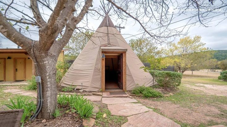 The exterior of one of the tipi rentals