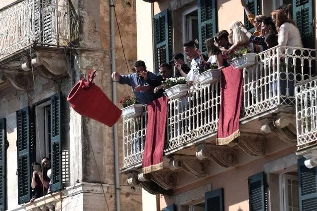 Large pots getting thrown in Corfu