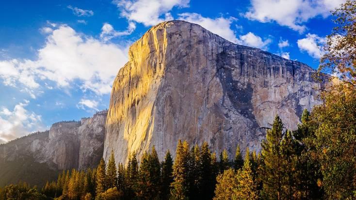 El Capitan, a main attraction in Yosemite