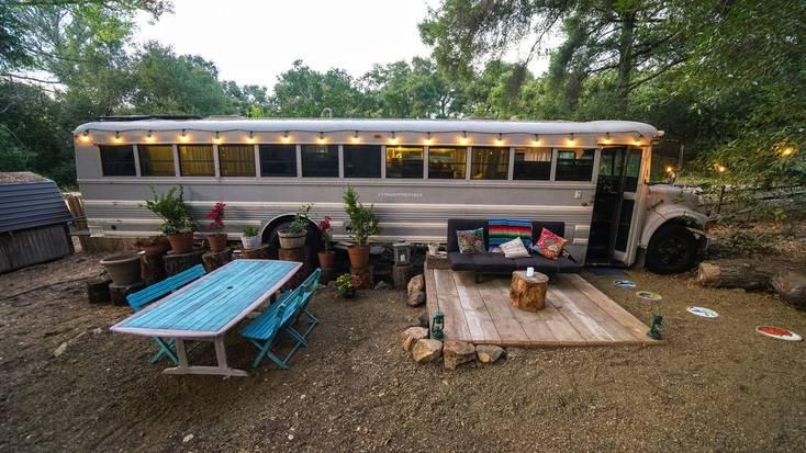 Amazing Glamping Bus with Mountain Views near Malibu Creek State Park, California