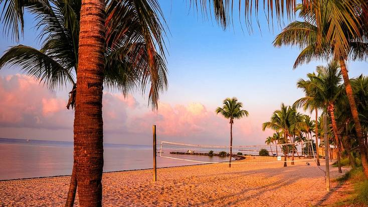 Enjoy sunsets on the beach at Florida Keys for the best summer vacations 2020