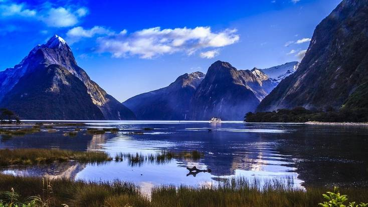 The stunning Mitre Peak looking over Milford Sound