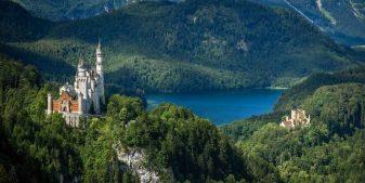 Discover castle rentals for a unique vacation