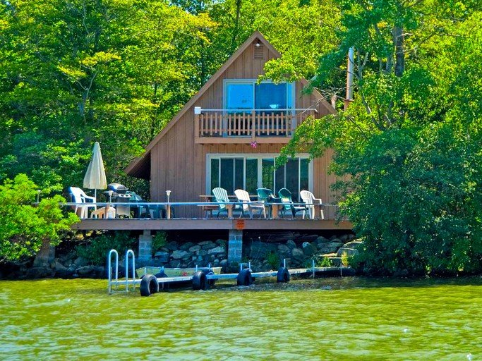 One of the cottage rentals on Laurel Island near East Hampton, Connecticut