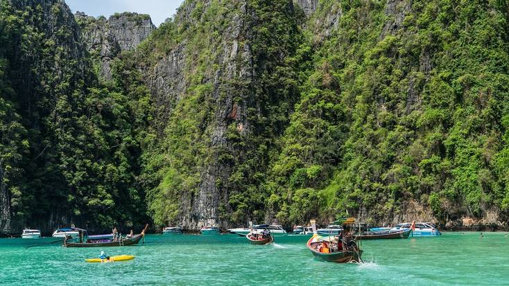 Plan when to travel to Thailand in 2021