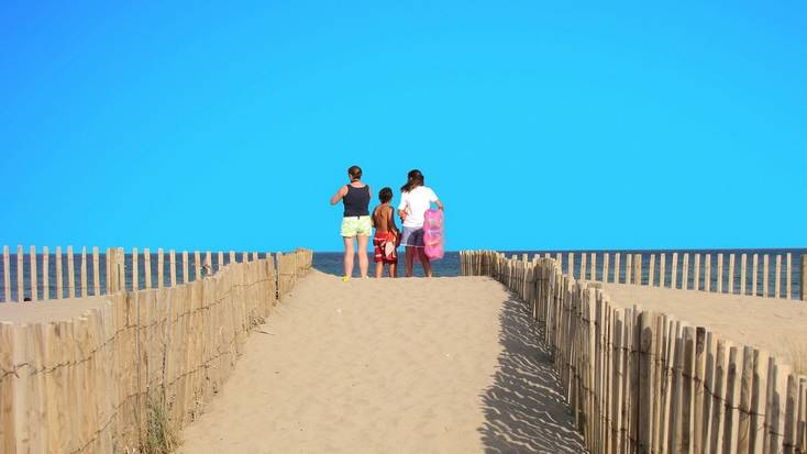 precautions for beach vacations