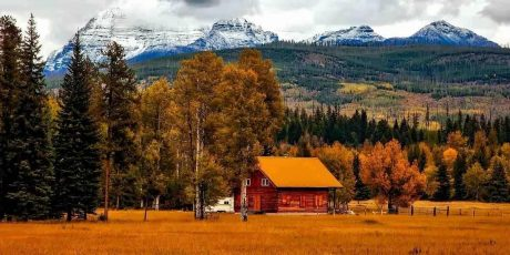 Top State Parks with Cabins for Fall Vacations