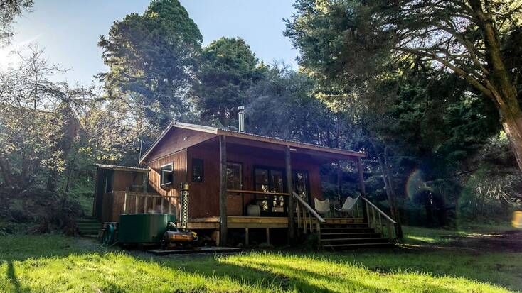 A cabin rental in New Zealand, perfect for Black Friday deals