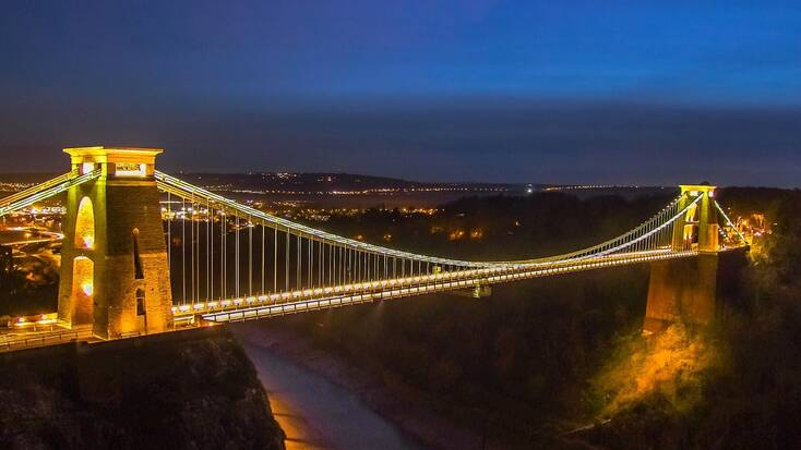 Visit the Clifton Suspension Bridge on your holidays in Bristol