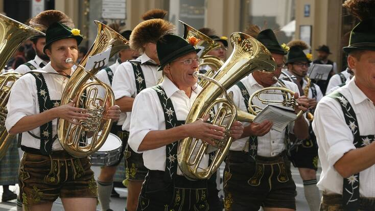 Make a playlist of OKtoberfest music using some of the best Oktoberfest songs