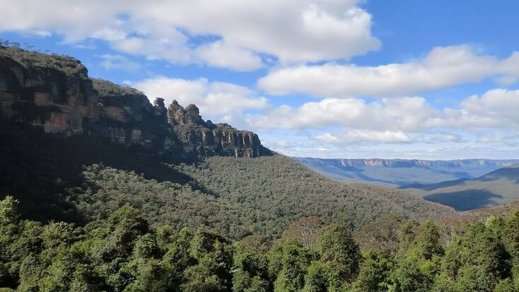 The Blue Mountains National Park, one of the best places to visit in Australia