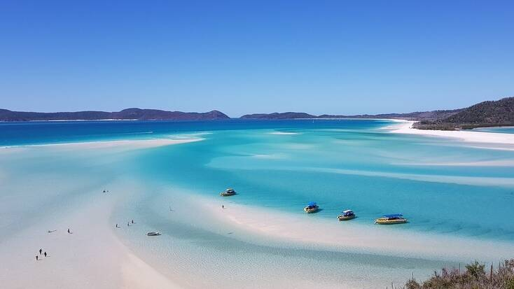 A beach in Queensland, one of the best places to visit in Australia
