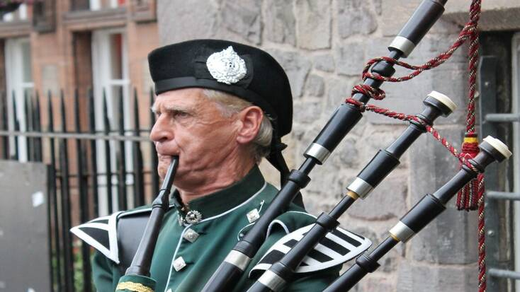 Scottish music and Scottish traditions are typical for the St. Andrew's Day bank holiday weekend