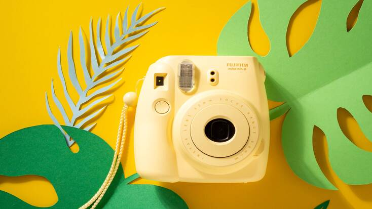 fujifilm instax mini 8 instant camera, the perfect Christmas gifts for your trendy sister
