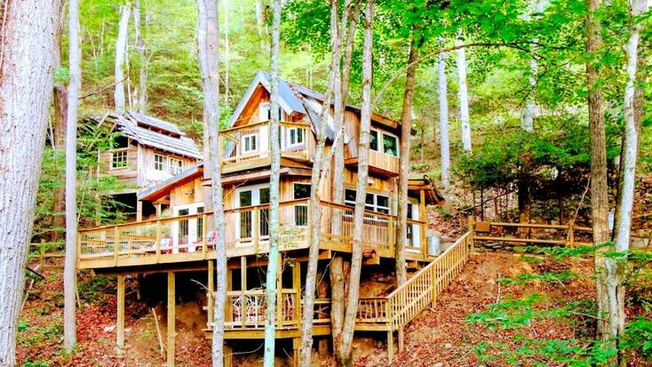 One of our tree house rentals near Asheville, one of the best places to go on vacation
