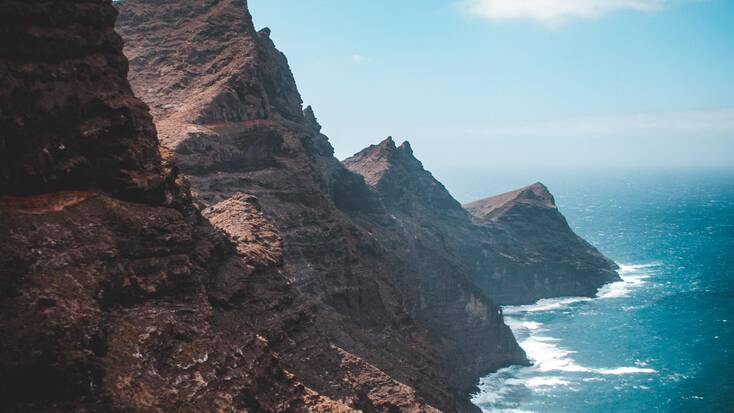 Send your holidays in Spain exploring the coast of the Canary Islands