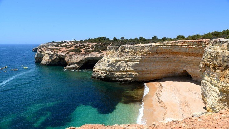 Book an epic Algarve vacation with some of the best beaches near Lagos!