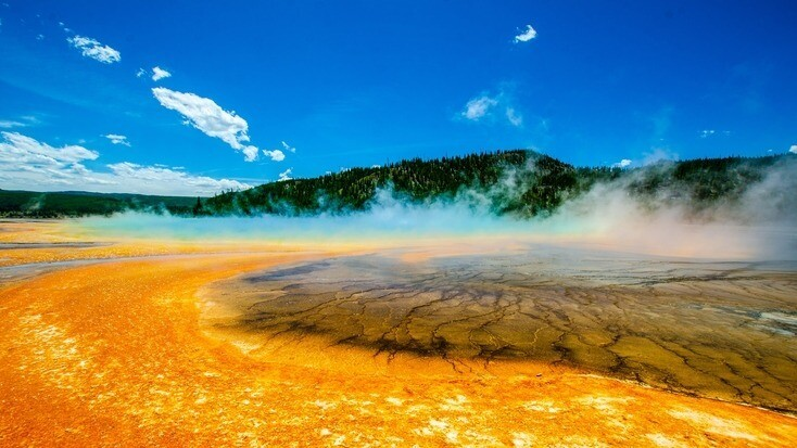 Yellowstone National Park, the first of many US National Parks